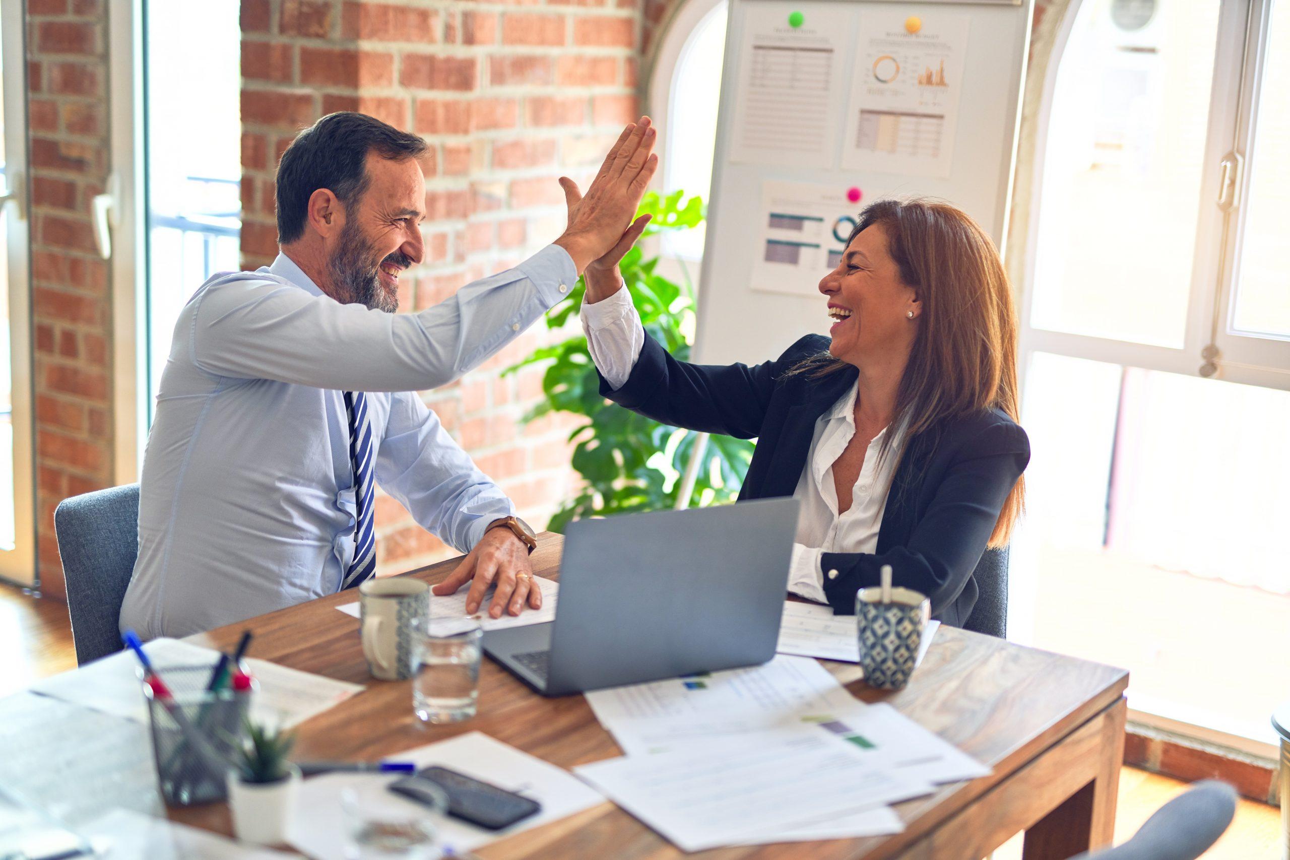 startup-corporate collaboration - team work motivation
